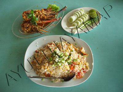Pae krung kao bar restaurant ayutthaya thailand for Ayothaya thai cuisine
